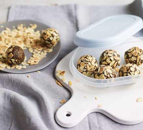 high protein nut raisin balls