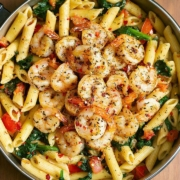 Tomato Spinach Shrimp Pasta recipe